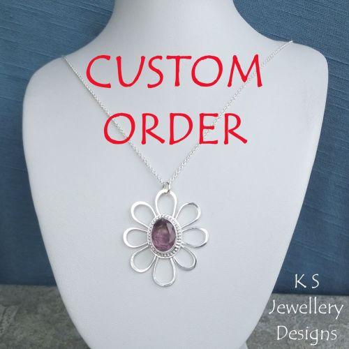 * CUSTOM ORDER - Amethyst Daisy - Sterling Silver Flower Pendant