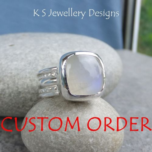 * CUSTOM ORDER FOR DILETTA - Rainbow Moonstone Ring with 4 stacking rings