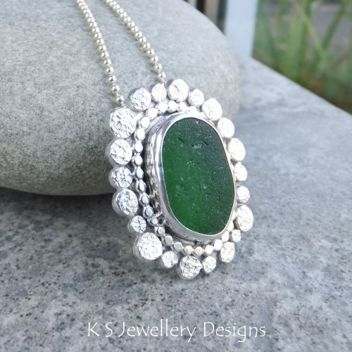 Green Sea Glass Textured Pebbles Frame Sterling Silver Pendant