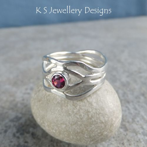Rhodolite Garnet Freeform Sterling Silver Wavy Ring (4 waves) - (UK size N