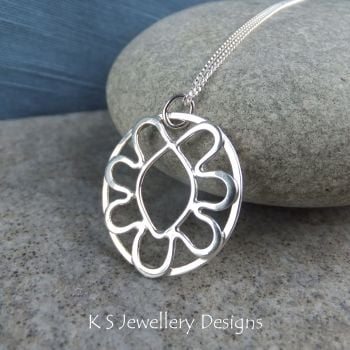 Wire Flower Doodle Sterling Silver Oval Pendant