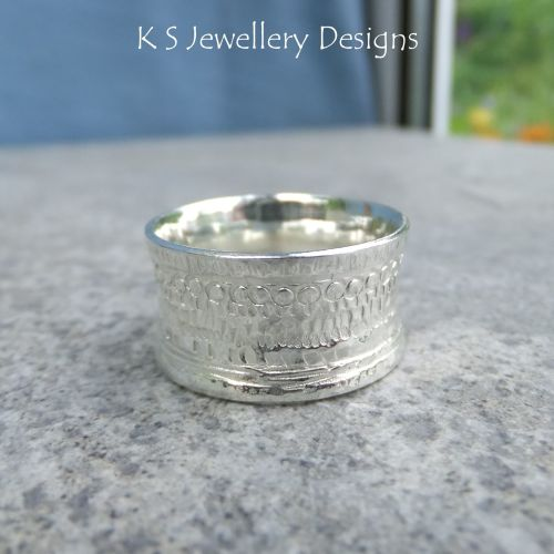Shoreline Textured Sterling Silver Ring (UK size N / US size 6.75)