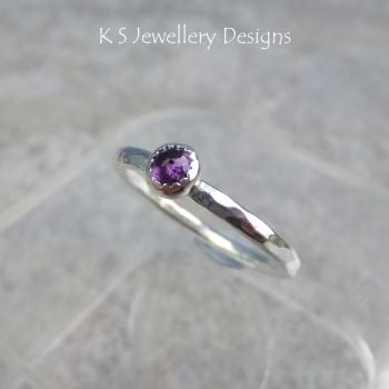Amethyst Sparkling Gemstone Dappled Textured Sterling Silver Ring (UK size M 1/2 / US size 6.5 can be re-sized slightly larger)