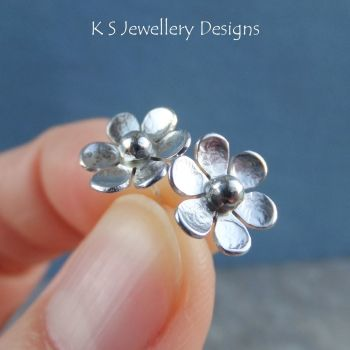 Six Petal Flowers - Sterling Silver Stud Earrings