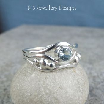 Aquamarine Freeform Sterling Silver Waves and Pebbles Ring (3 waves) - (UK size N / US size 6.75)