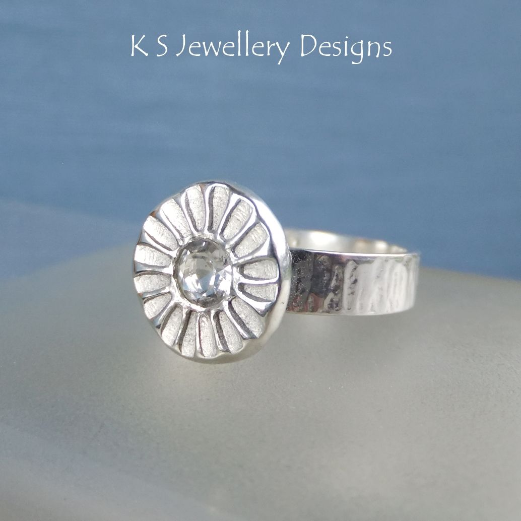 White Topaz Daisy Textured Pebble Sterling Silver Ring (UK size P 1/2/ US s
