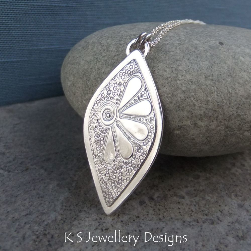 Doodle Flower Textured Drop Sterling Silver Pendant - DAISY v2