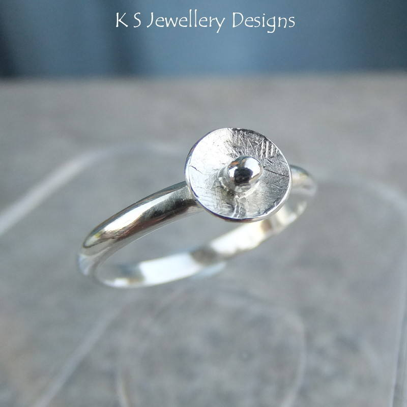 Rustic disc ring 3