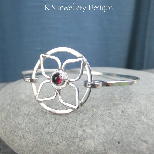 Rhodolite Garnet Flower Circle Sterling Silver Bangle