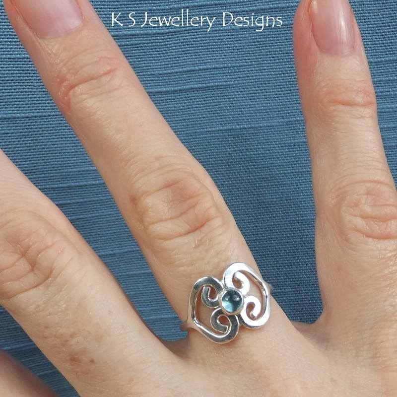 Apatite double heart ring 2