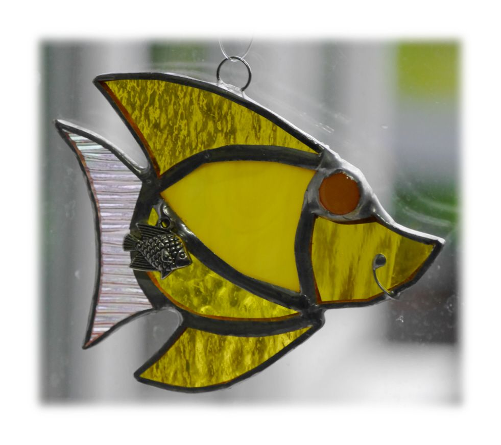 YELLOW Little Fish 001 yellow #1705 FREE 9.00