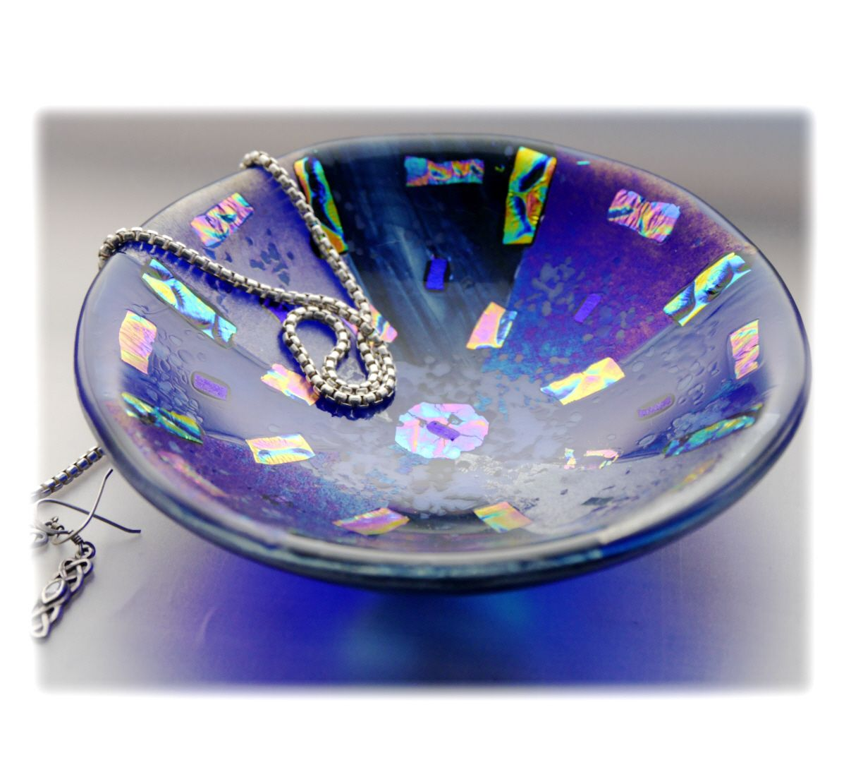 12.5cm Round Blue Dichroic Bowl FUSED 036 #1711 FREE 16.00