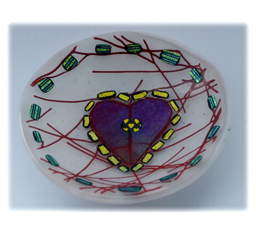 12cm Round White Heart Bowl FUSED 029 #1701 FREE 16.00