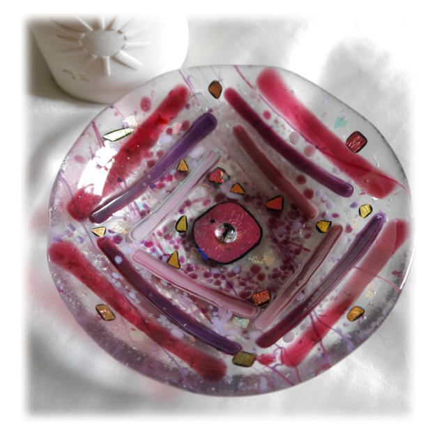 13cm Round Pink Striped Bowl FUSED 004 #1502 FREE 16.00