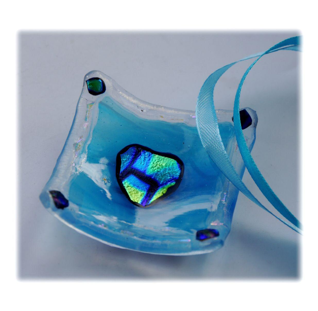6cm Deep Dish 002 Turquoise Dichroic Heart #1811 FREE 7.50 - Copy