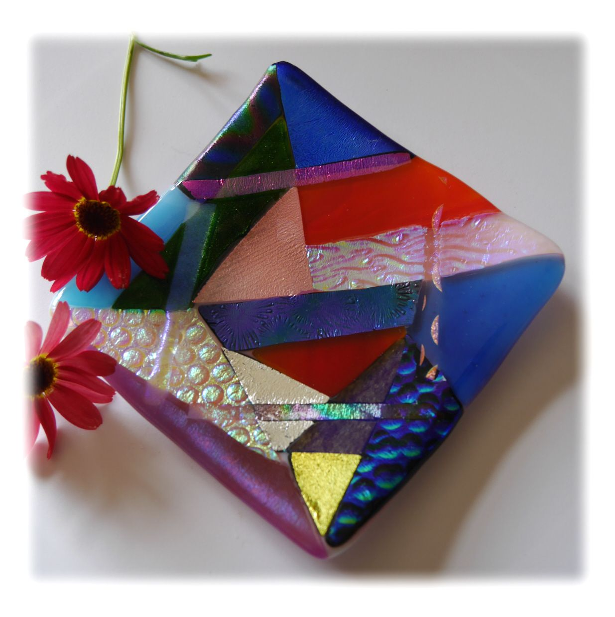 Abstract Fused Dichroic 11cm Dish 002 #1909 FREE 18.50