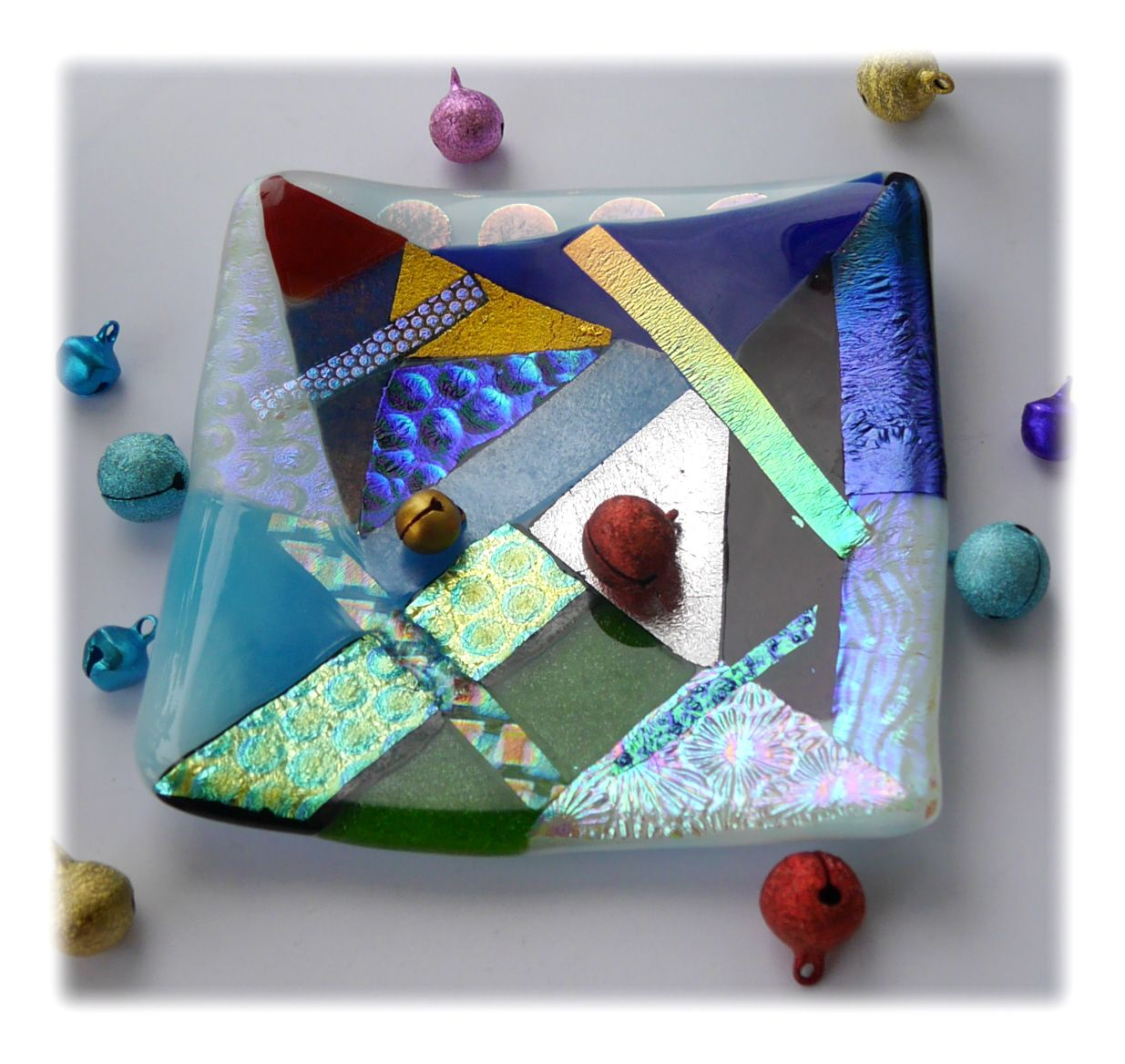 Abstract Fused Dichroic 11cm Dish 001 #1909 FREE 18.50