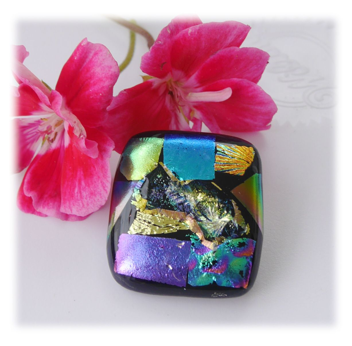 Brooch Fused Dichroic 059 #1908 FREE 8.00