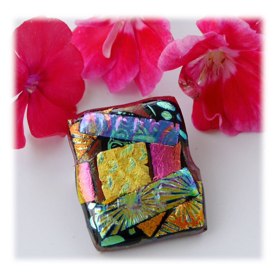 Brooch Fused Dichroic 051 #1908 FREE 8.00