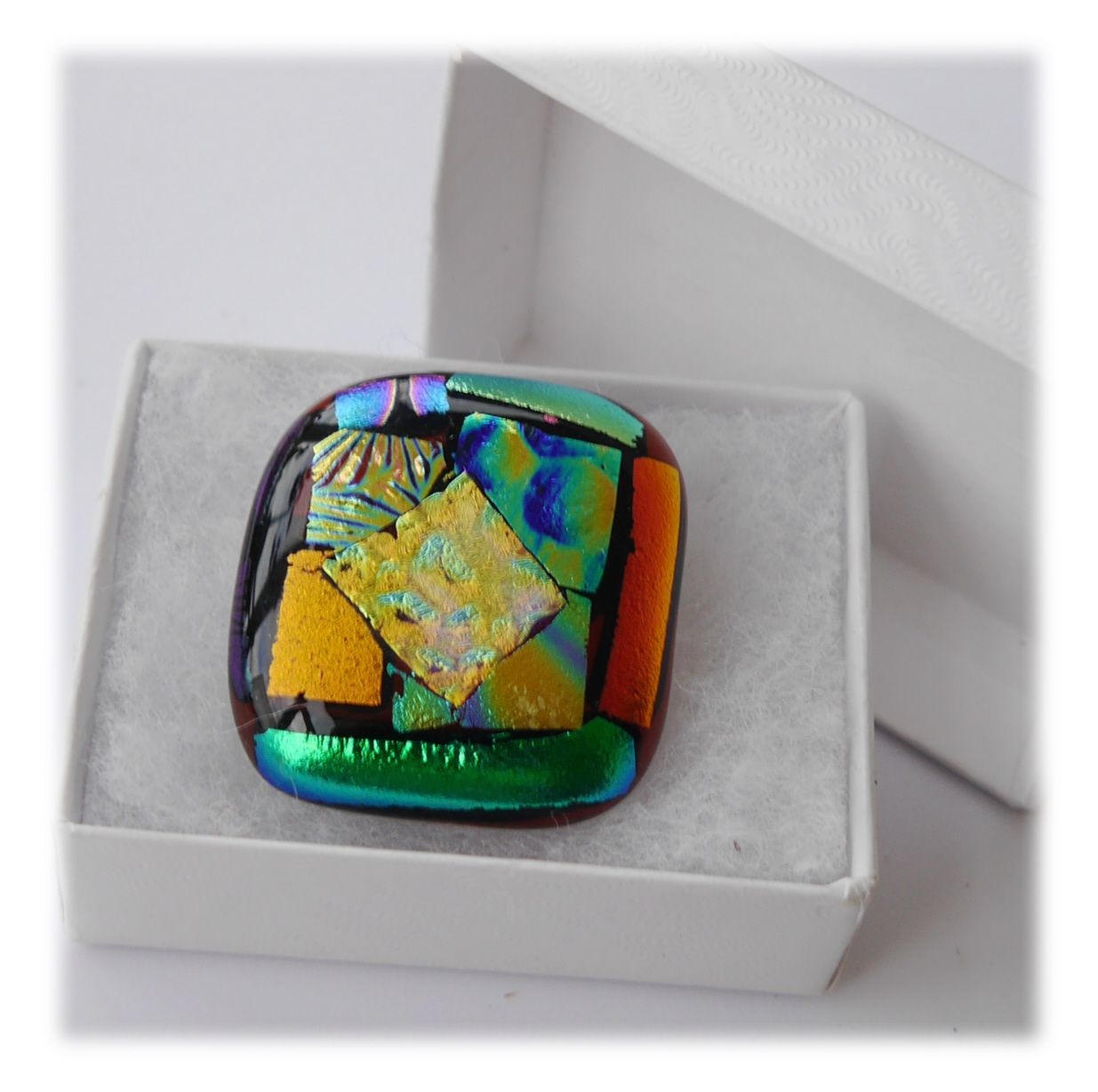 Brooch Fused Dichroic 053 #1908 FREE 8.00