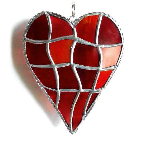 Patchwork Heart 046 Reds #2001 FREE 17.50.jpg
