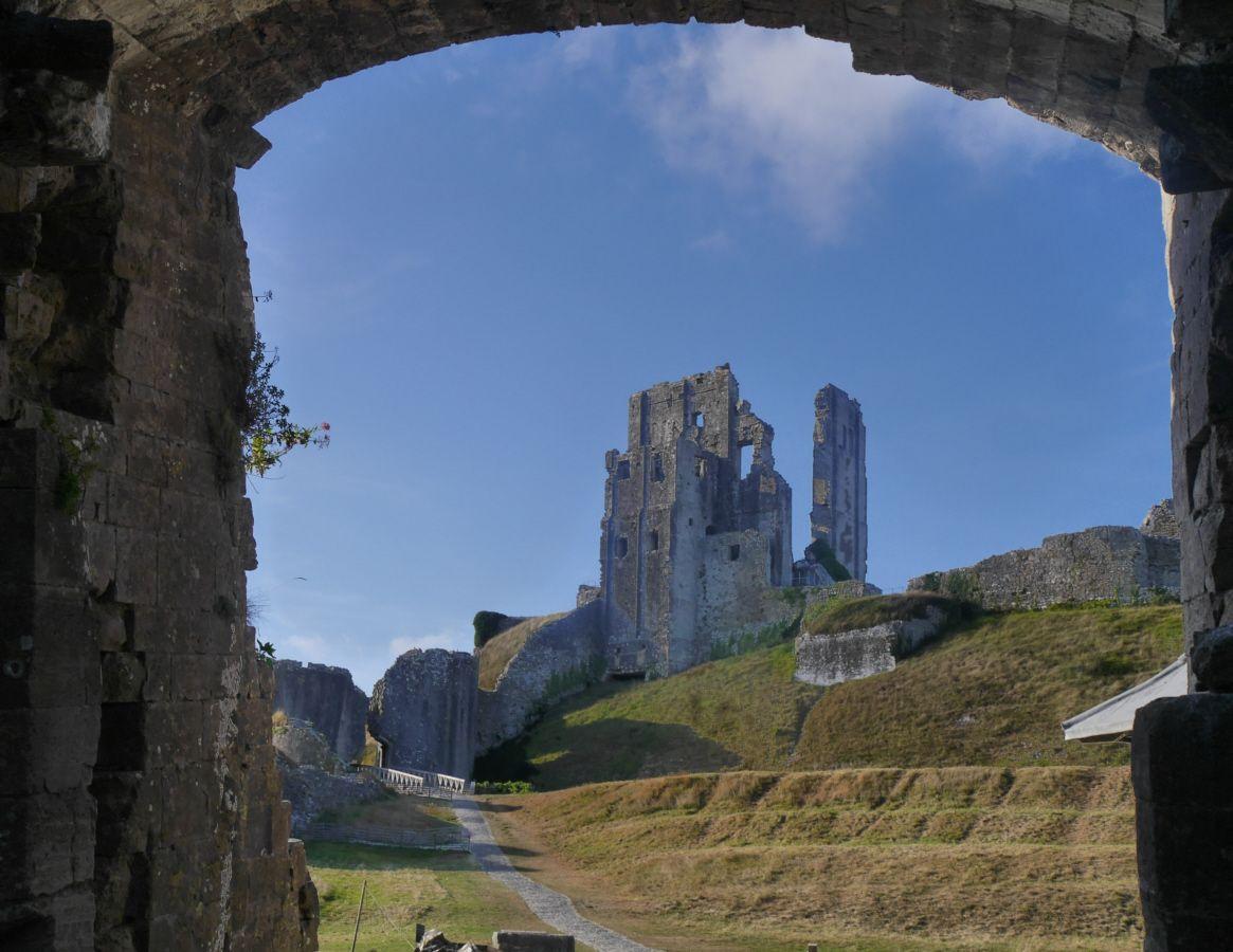 210916 Corfe Castle (275).jpg
