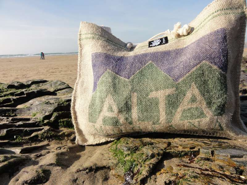 beach bag on rocks