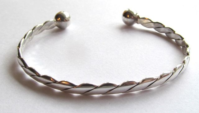 Silver Bangle with Ball Ends