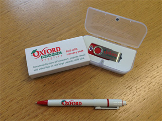 Oxford Ed 8Gb USB Flash Drive