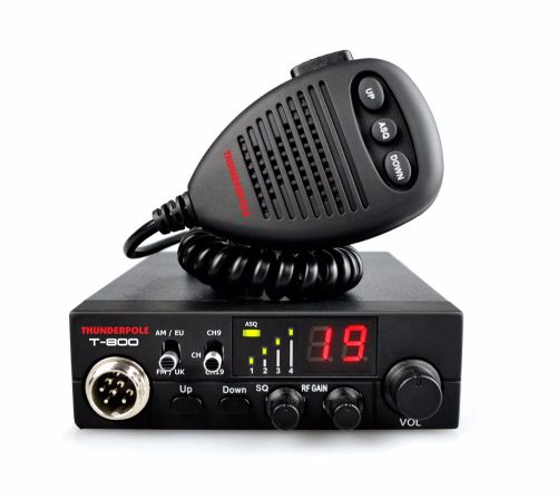 THUNDERPOLE T-800  CB 27 MHz AM/FM MOBILE TRANSCEIVER