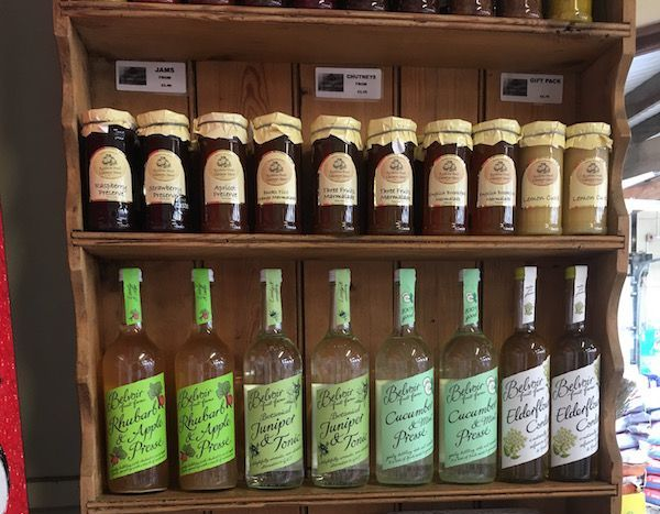 Irresistable cookes, cordials and jams