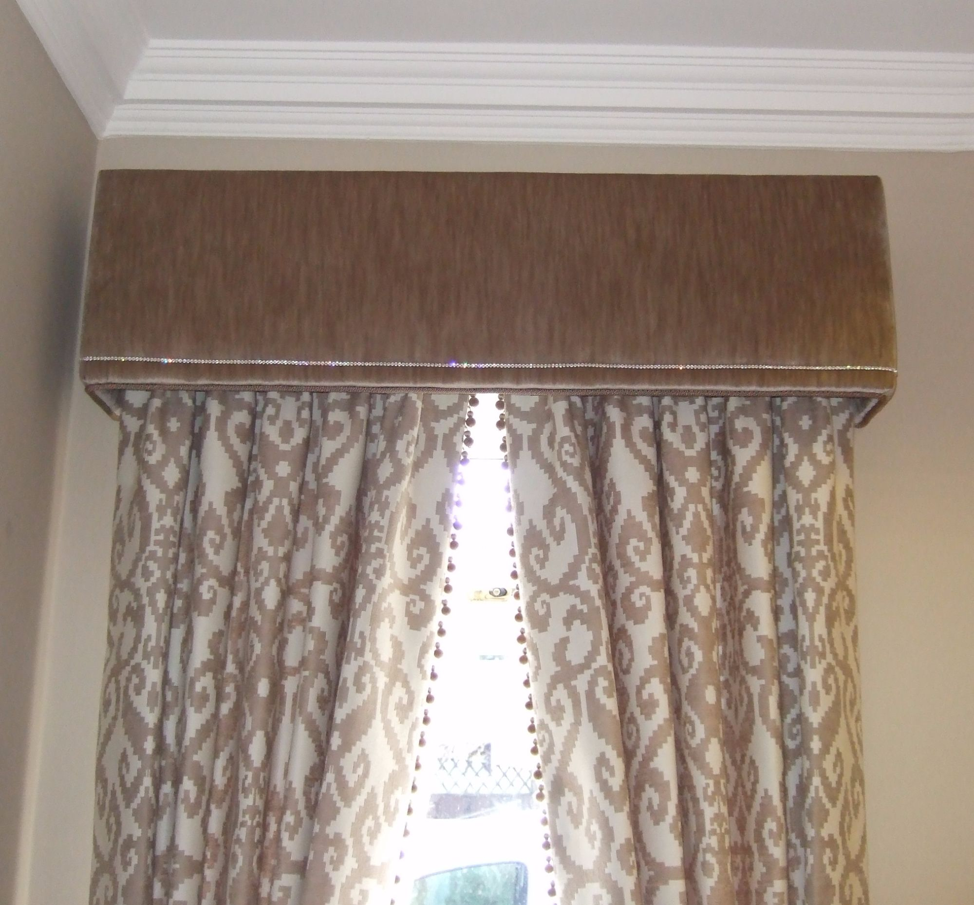 Bobble trim curtains crystal pelmet
