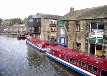 E17.08.14 - 14th August - Skipton on Market Day with Canal Cruise