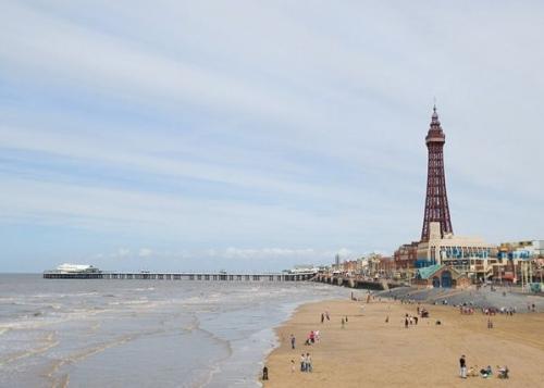 E18.08.08 - 8th August - Blackpool