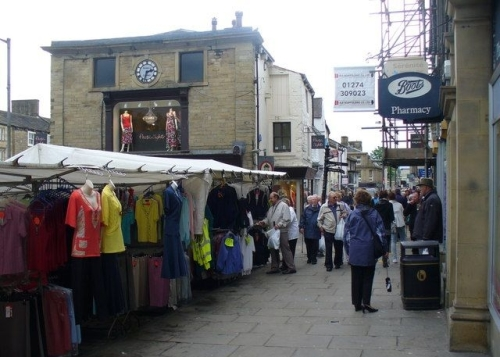 E18.10.29 - 29th October - Skipton on Market Day