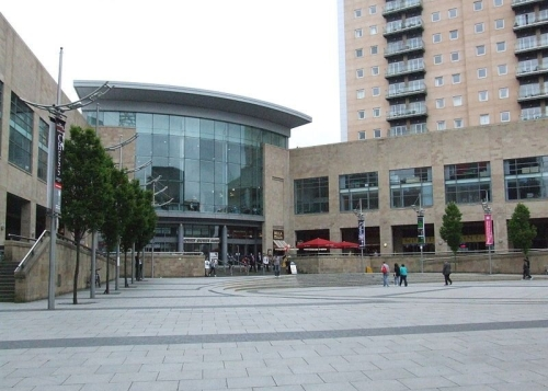 E18.11.06 - 6th November - The Lowry Shopping Mall & Salford Quays