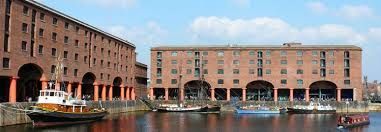 E19.04.20 20th April 2019 Liverpool Albert Dock or Shopping