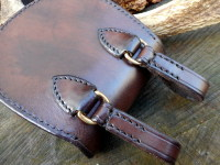 Lleather-hand stitched-hard pouch-bushlander-back veiw