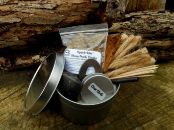 Beaver Bushcraft - The 'Big Box' Traditional Based Flint & Steel Tinderbox (85-2070)