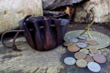 Leather- merchant coin purse hand made by beaver bushcraft
