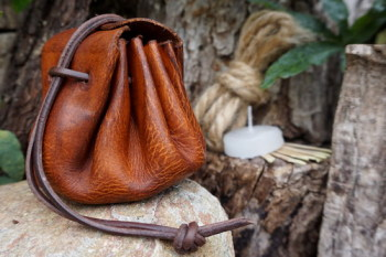 Fire-Old Merchants Tinder Pouch Hand Dyed in Antique Brownl for Beaver Bush
