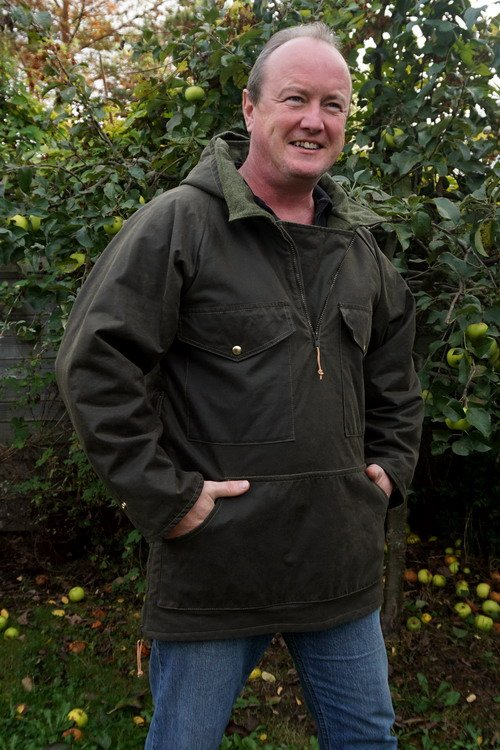 Beaver Bushcraft - The 'Outdoors' Waxed Jacket by Green Outdoors