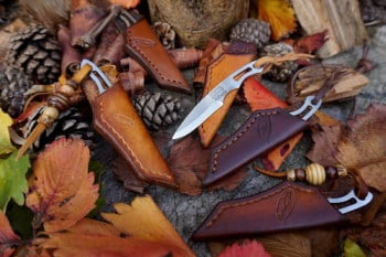 Cutting-Beaver Bushcraft knife group pic