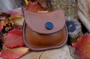 leather-R2G-natural pocket pouch with belt loop