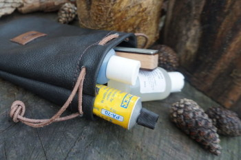 Sharpening-Magna Grip Kit for beaver bushcraft open with contents