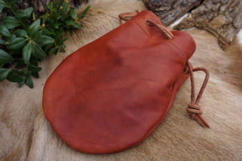 Leather-soft hand dyed leather pouch in paprika for beaver bushcraft