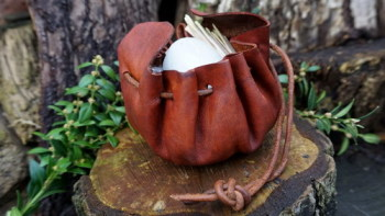 leather-soft oiled merchant pouch open