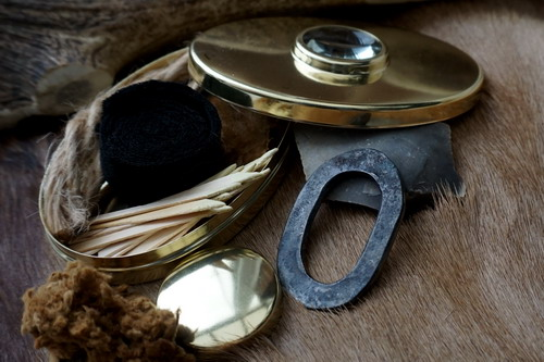 Beaver Bushcraft - Traditional Hudson Bay Brass Tinder Box with Traditional