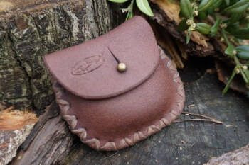leather-nubuck leather coin purse