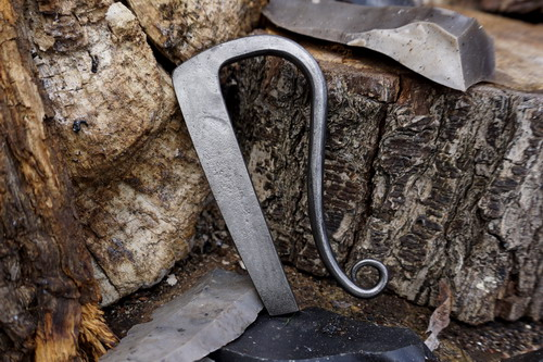 HAND FORGED by Andrew Kirkham - Traditional 'Straight Tang' Fire Steel - La